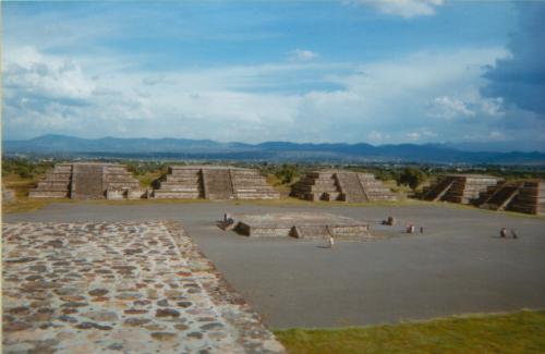 041. Teotihuacan